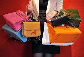Túi xách hàng hiệu của mỹ nhân Vbiz