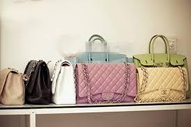 Có nên mua túi xách Online không? những khó khăn khi mua túi xách online la gì?